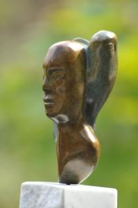 sculpture de Dominique Rivaux - femme-oiseau