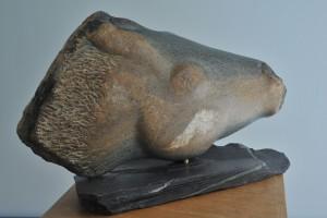 Sculpture d'une tete d'un cheval Promenade Rivaux