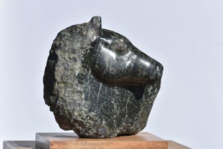 A travers le feuillage – sculpture de Dominique Rivaux