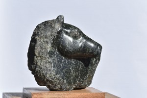 Sculpture - tête de cheval - serpentine de corse